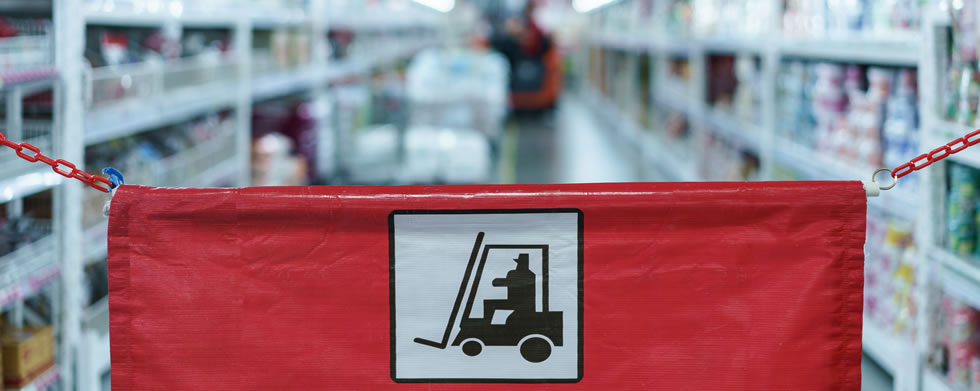 Safer on Foot – How Pedestrian Forklifts Can Minimise Risk In The Warehouse
